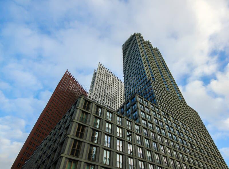 Construções altas do arranha-céus de Haia fotografia de stock