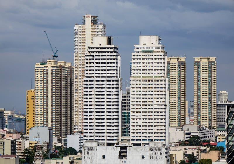 Construções altas em Banguecoque, Tailândia fotos de stock royalty free