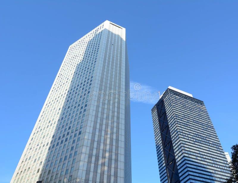 Construções altas em Shinjuku, Tóquio, Japão fotos de stock royalty free