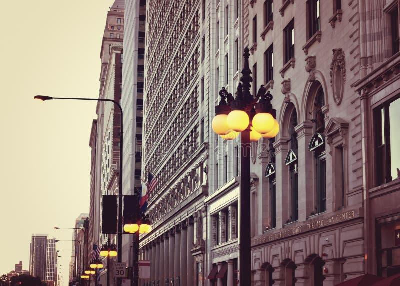 Construções da avenida de Michigan imagens de stock