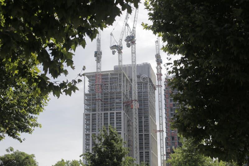 Construções da construção de Londres imagens de stock royalty free