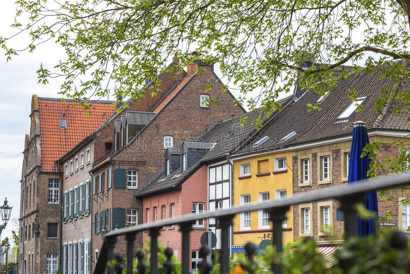 construções de duesseldorf Alemanha do kaiserswerth fotografia de stock royalty free