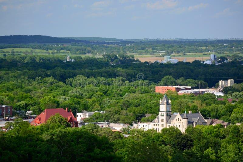 Construções de Lawrence do centro em Douglas County, Kansas imagens de stock royalty free