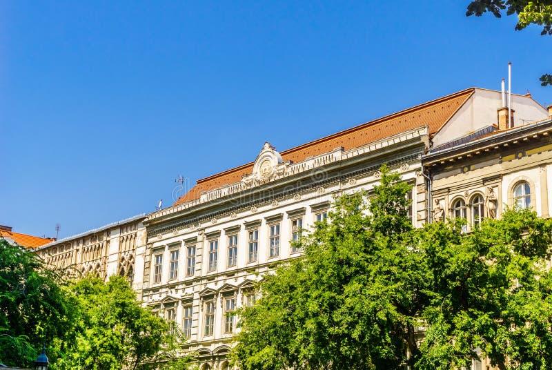 Construções do art nouveau na cidade velha de Budapest - Hungria foto de stock