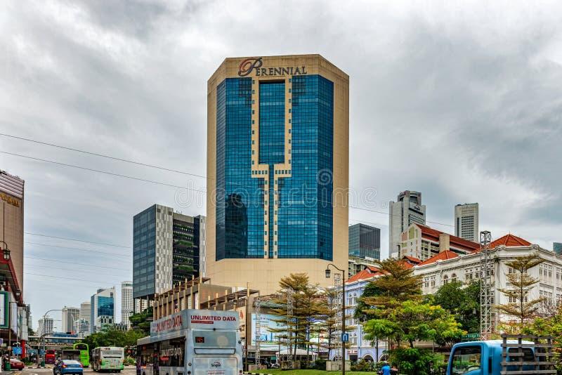 Construções e arranha-céus coloniais no fundo na cidade fotografia de stock royalty free
