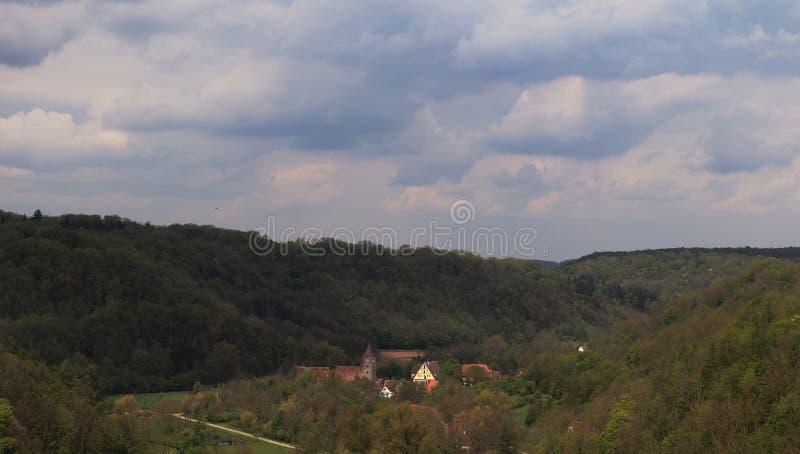 Constru??es hist?ricas e casas vistas do der Tauber do ob de Rothenburg, Alemanha fotos de stock royalty free