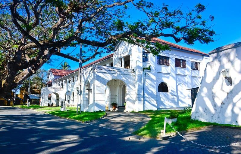 Construções holandesas velhas no forte de Galle em Galle, Sri Lanka fotografia de stock
