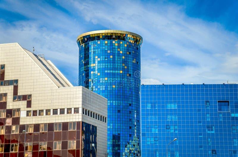 Construções modernas em Astana fotos de stock