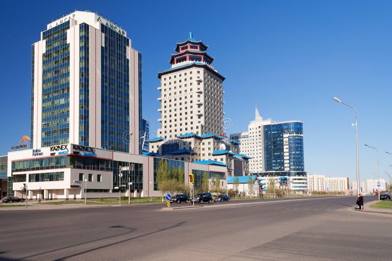 Construções modernas em Astana Kazakhsatan foto de stock royalty free