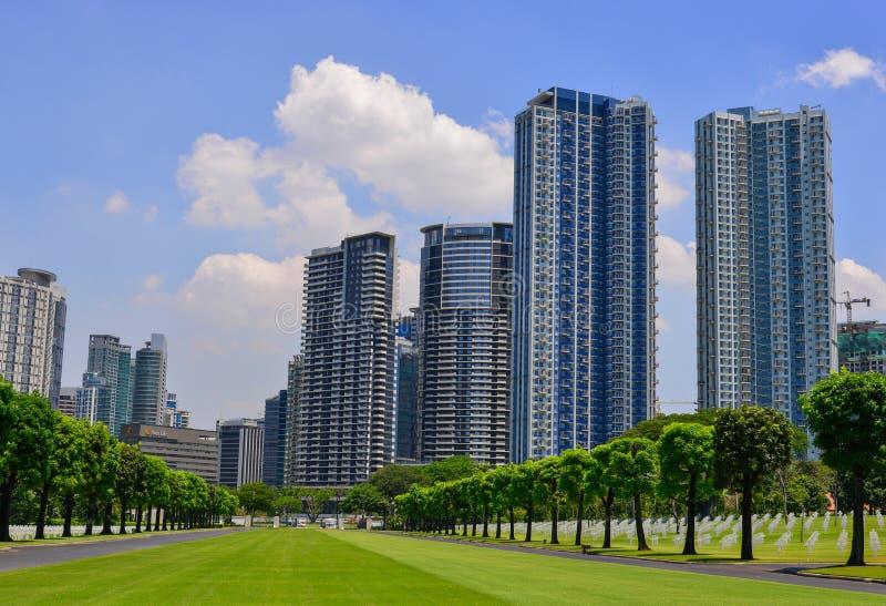 Construções modernas em Manila, Filipinas foto de stock royalty free
