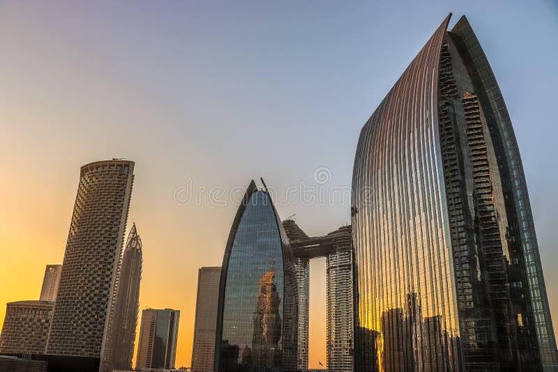 Construções modernas em uma cidade fotos de stock