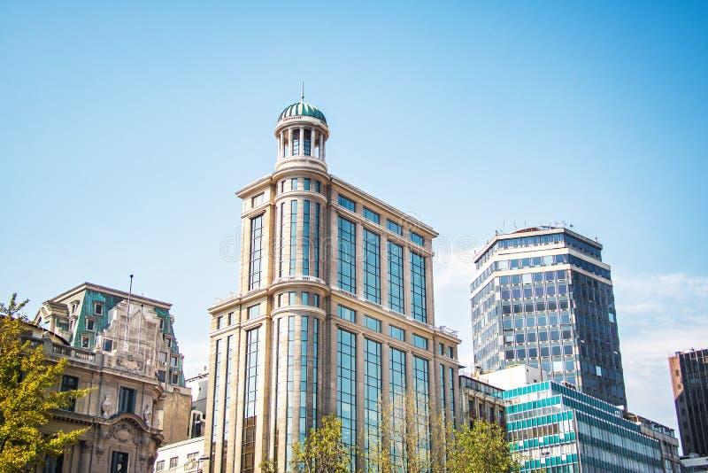 Construções modernas no Santiago do centro - Santiago, o Chile imagens de stock royalty free