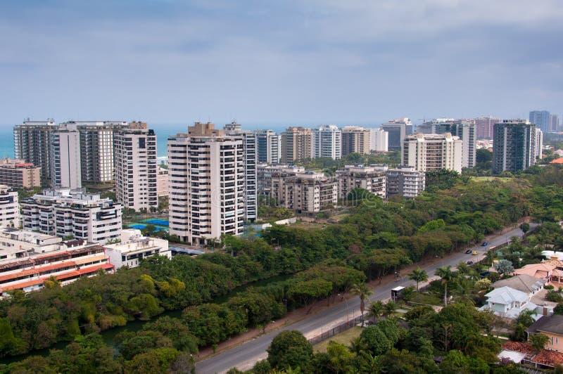Construções modernas novas do condomínio em Rio de janeiro foto de stock