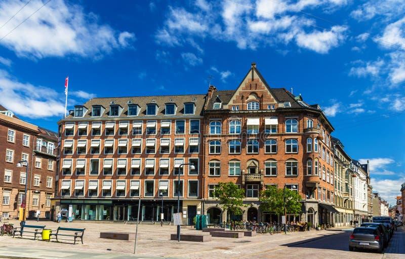 Construções na cidade Hall Square de Copenhaga fotos de stock royalty free