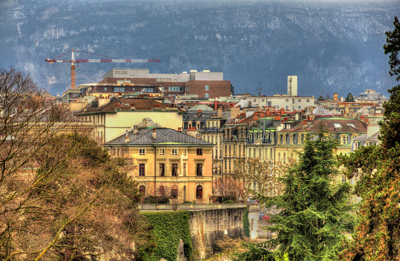 Construções no centro da cidade de Genebra imagem de stock