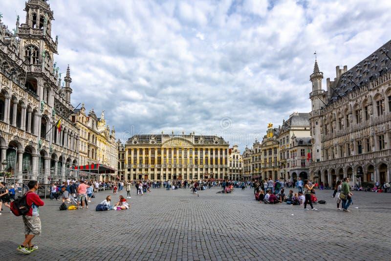 Construções no quadrado de Grand Place, Bruxelas, Bélgica imagens de stock royalty free