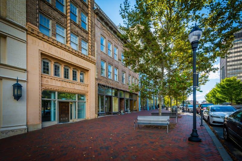 Construções no quadrado do bloco, em Asheville do centro, North Carolina imagem de stock royalty free