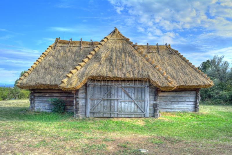 Construções rurais húngaras de HDR imagens de stock