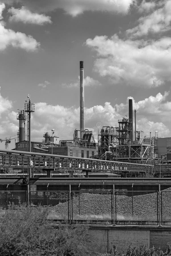 Constru??o da f?brica em um parque industrial em Francoforte-Hoechst, Alemanha fotografia de stock royalty free