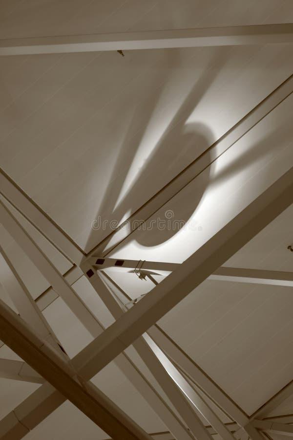Construcción de acero con la luz imagen de archivo