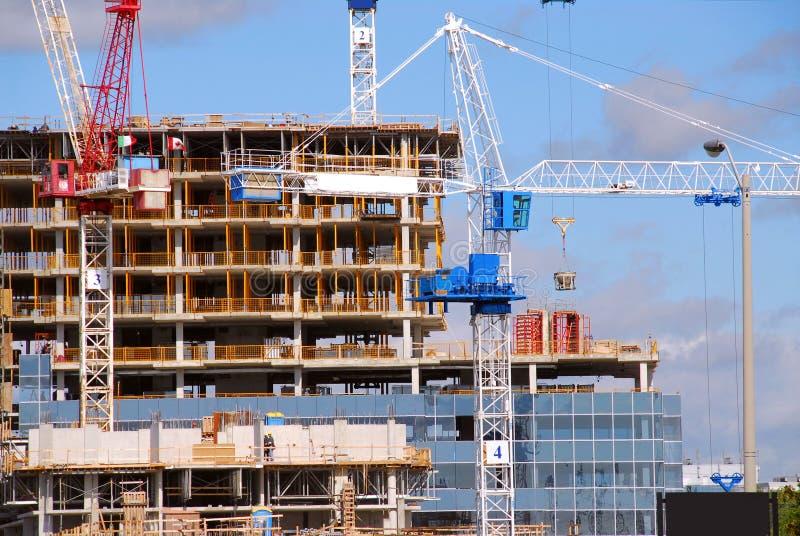 Download Construcción de edificios imagen de archivo. Imagen de grúa - 1292061