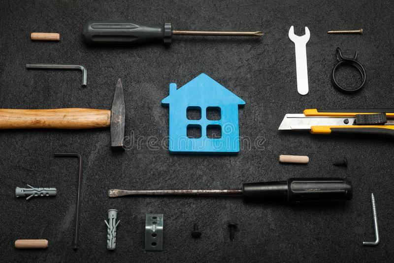 Construcción de la casa, concepto casero de las herramientas fotografía de archivo