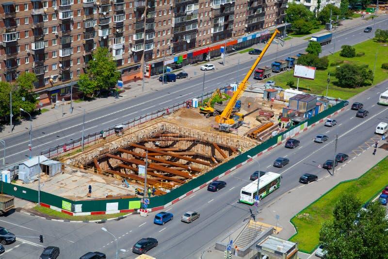 Construcción de la línea del metro imagen de archivo