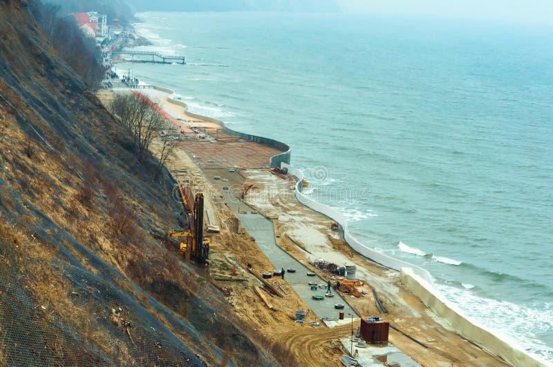Construcción de la 'promenade' del mar Báltico, construcción del terraplén del mar foto de archivo libre de regalías