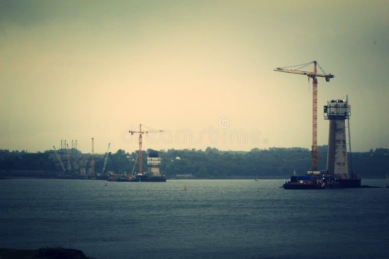Construcción de la travesía de Queensferry - vista al sur imagenes de archivo