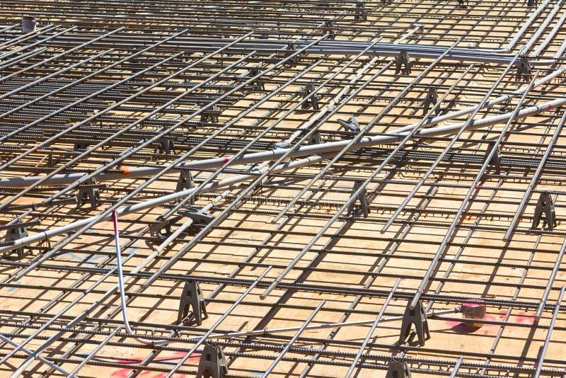 Construcción de piso con el Rebar imagen de archivo