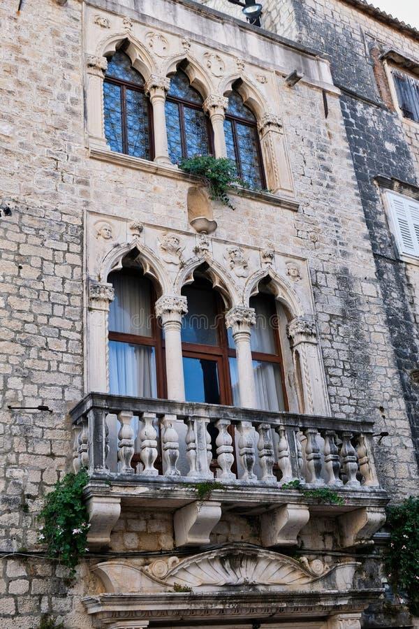 Construcción de viviendas histórica, el palacio de Diocletian, Spli, Croacia fotografía de archivo libre de regalías