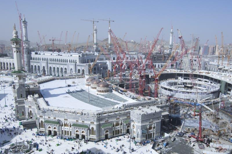 Construcción del al-Haram del al-Masjid alrededor de Al Kaaba imagen de archivo libre de regalías