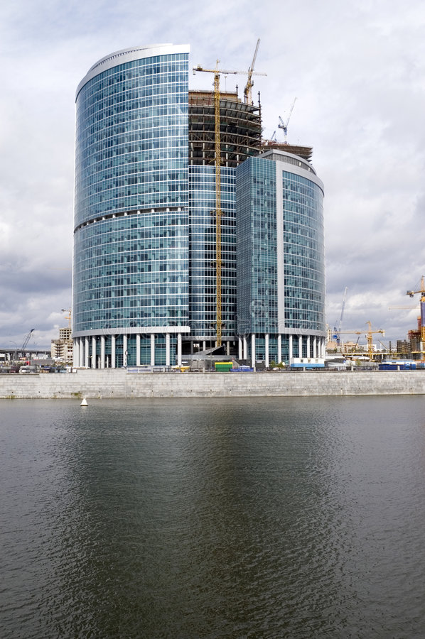Construcción del centro de negocios de Moscú imagen de archivo libre de regalías