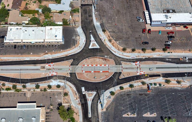 Construcción del cruce giratorio vista desde arriba imagen de archivo