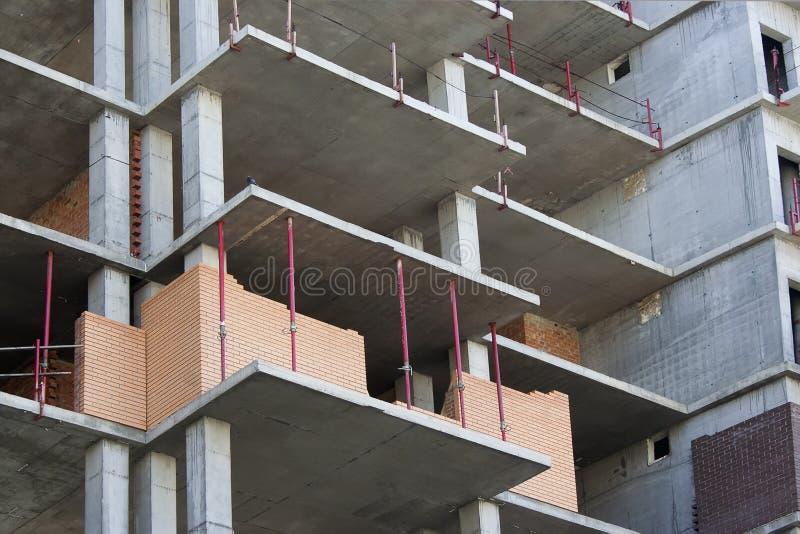 Construcción del edificio de varios pisos fotos de archivo libres de regalías