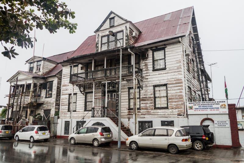 Construcción del ministerio de asuntos sociales y vivienda en Paramaribo imagen de archivo libre de regalías