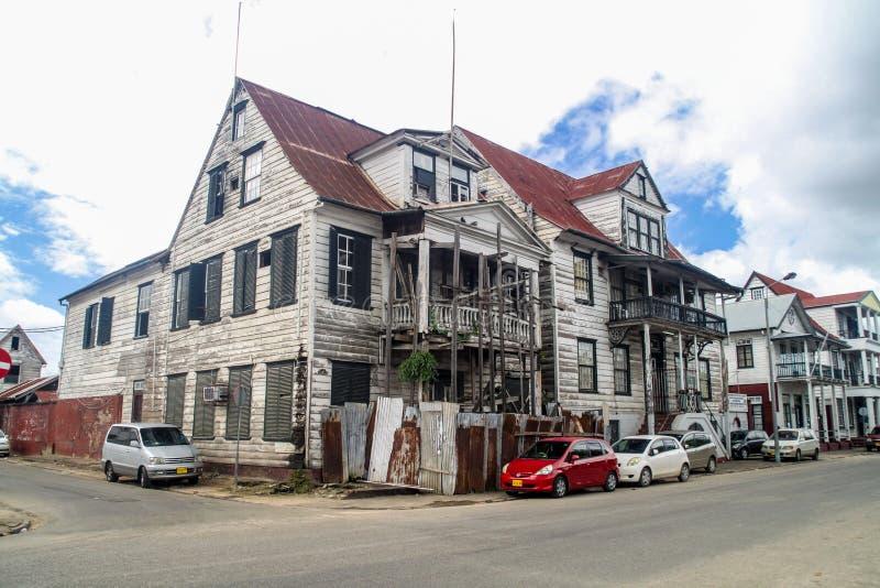 Construcción del ministerio de asuntos sociales y vivienda en Paramaribo imagen de archivo