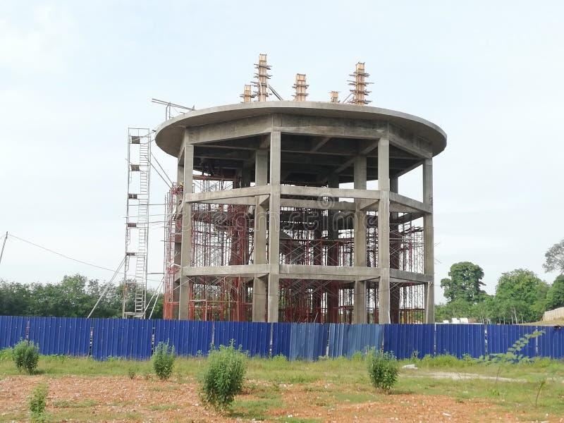 Construcción del tanque de agua foto de archivo