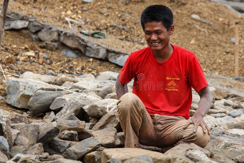 Construcción en la presa de Myanmar fotos de archivo libres de regalías
