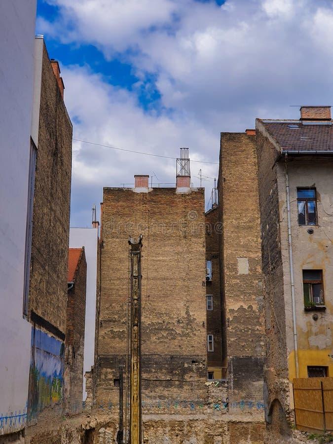 Construcción en ruinas en Budapest imagen de archivo