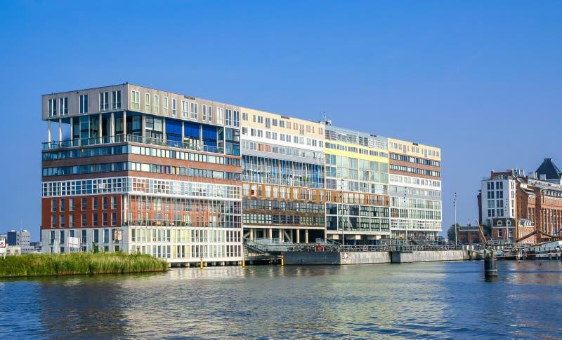 Construcción moderna Silodam de la oficina y de viviendas en el distrito del puerto de Amsterdam, imagen de archivo
