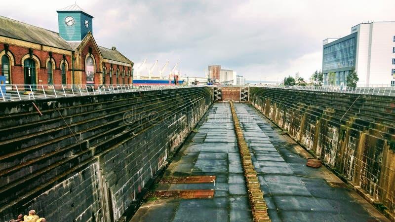 Construcción naval de la dique seco imagenes de archivo