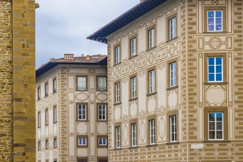 Construcciones de viviendas del viejo estilo, Florencia, Italia imagenes de archivo