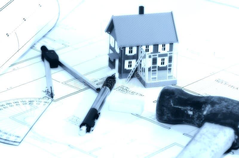 Constructeur à la maison 3 image libre de droits