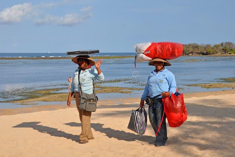 Constructeurs de plage, DUA Bali Indonésie de Nusa photo libre de droits
