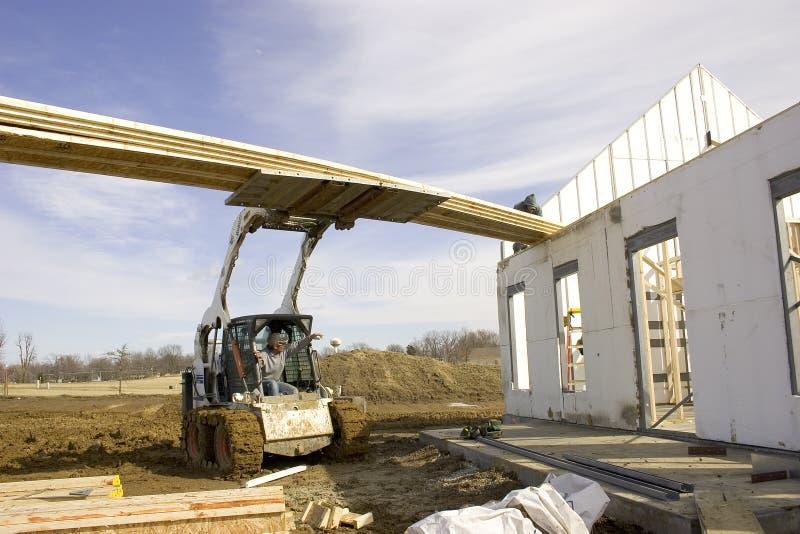 Download Construction à la maison 4 photo stock. Image du briques - 74372