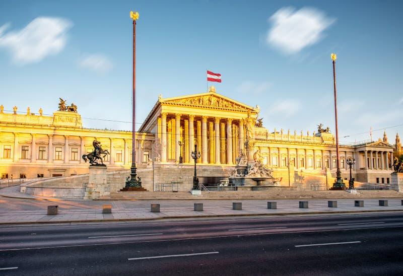 Construction autrichienne du Parlement à Vienne image stock