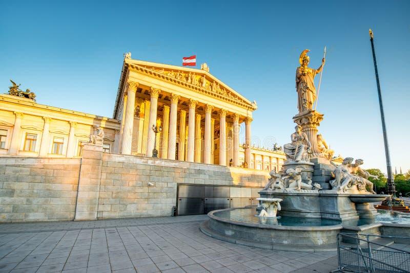 Construction autrichienne du Parlement à Vienne photos libres de droits