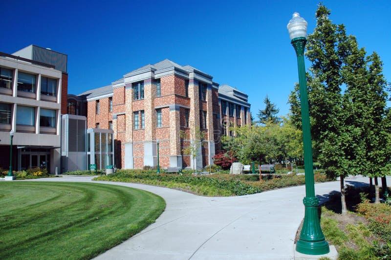 Construction classique d'université photos stock