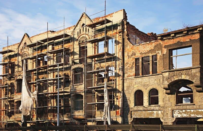 Construction détruite au centre de Kaliningrad images stock